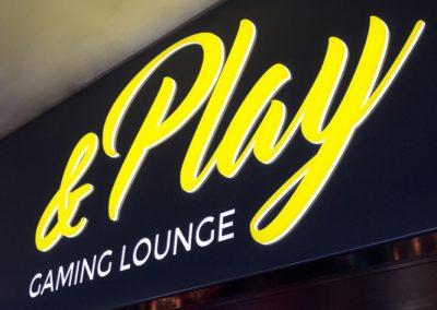 &Play Illuminated Signage